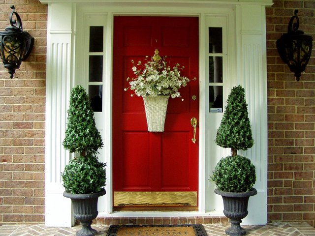 door-decor-ideas-7.jpg
